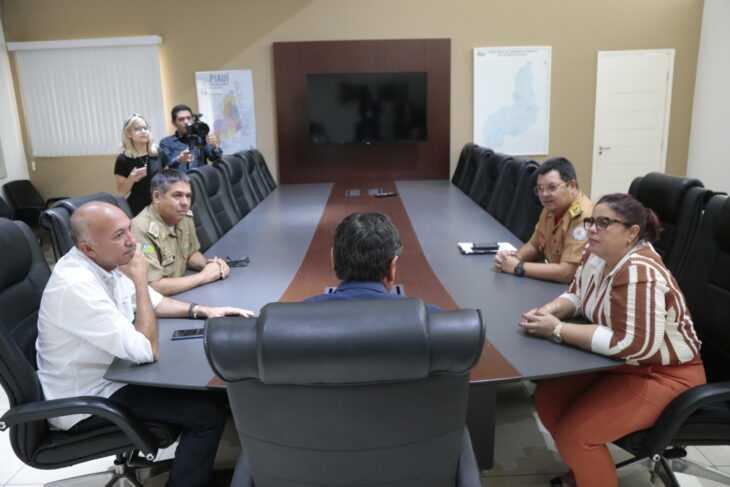 Governador assina decreto e cria Batalhão em Altos