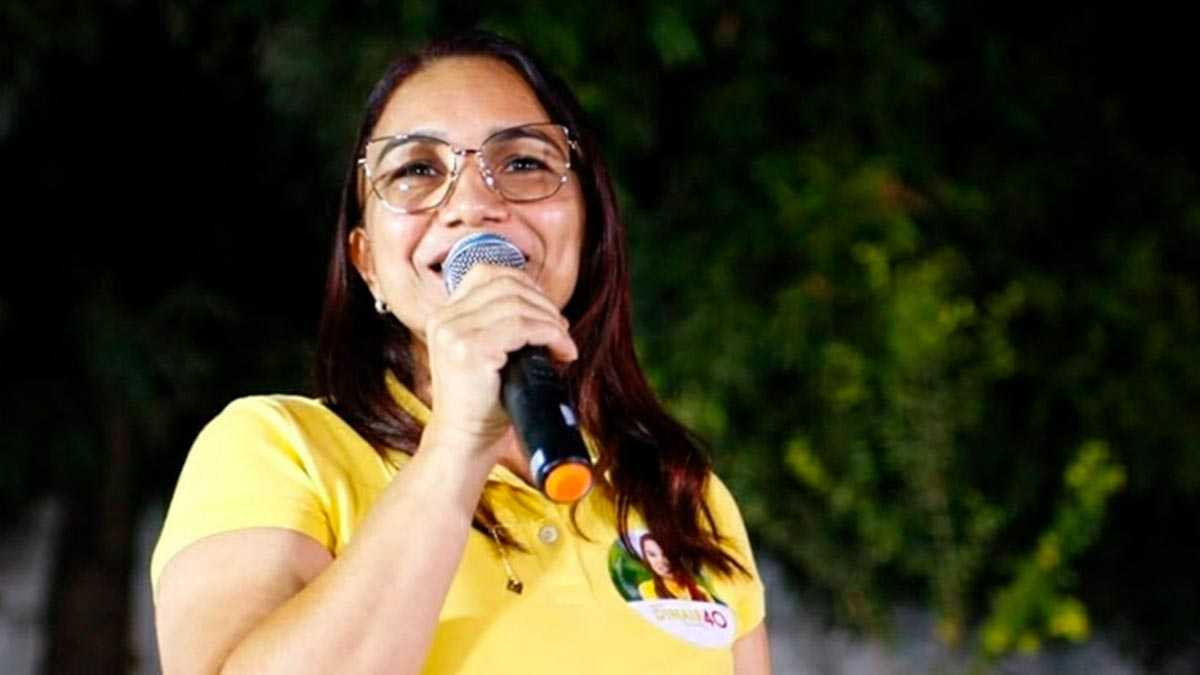 Dinair Veloso