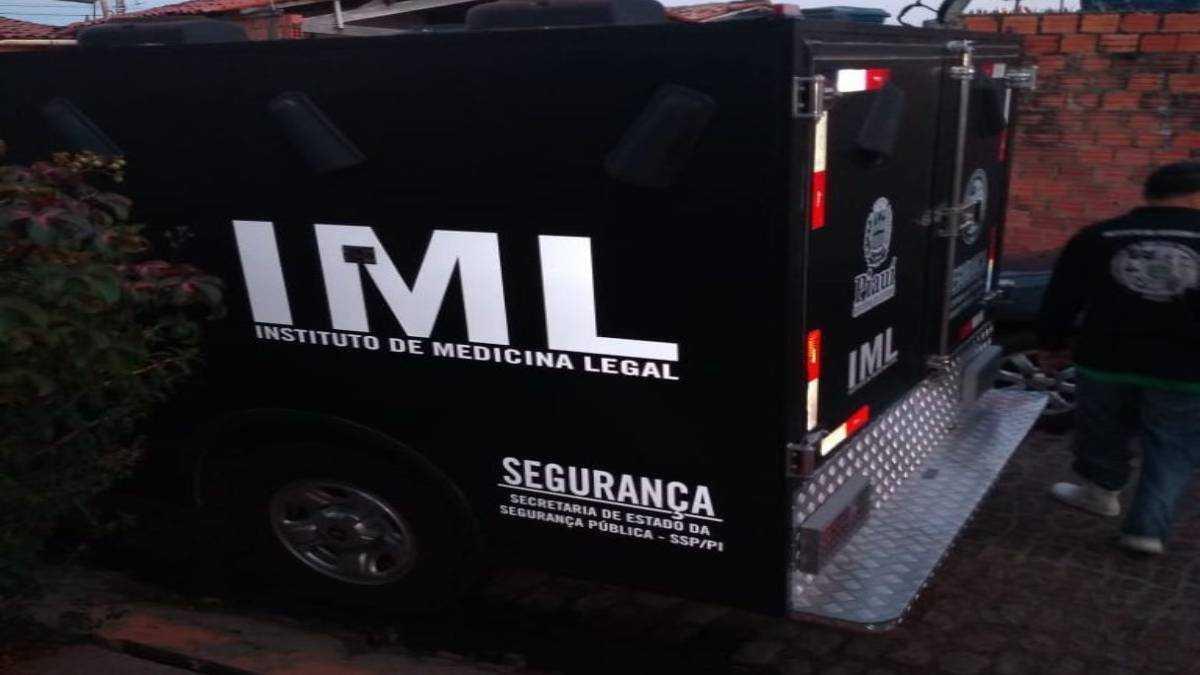 Carro de IML. Foto: Reprodução