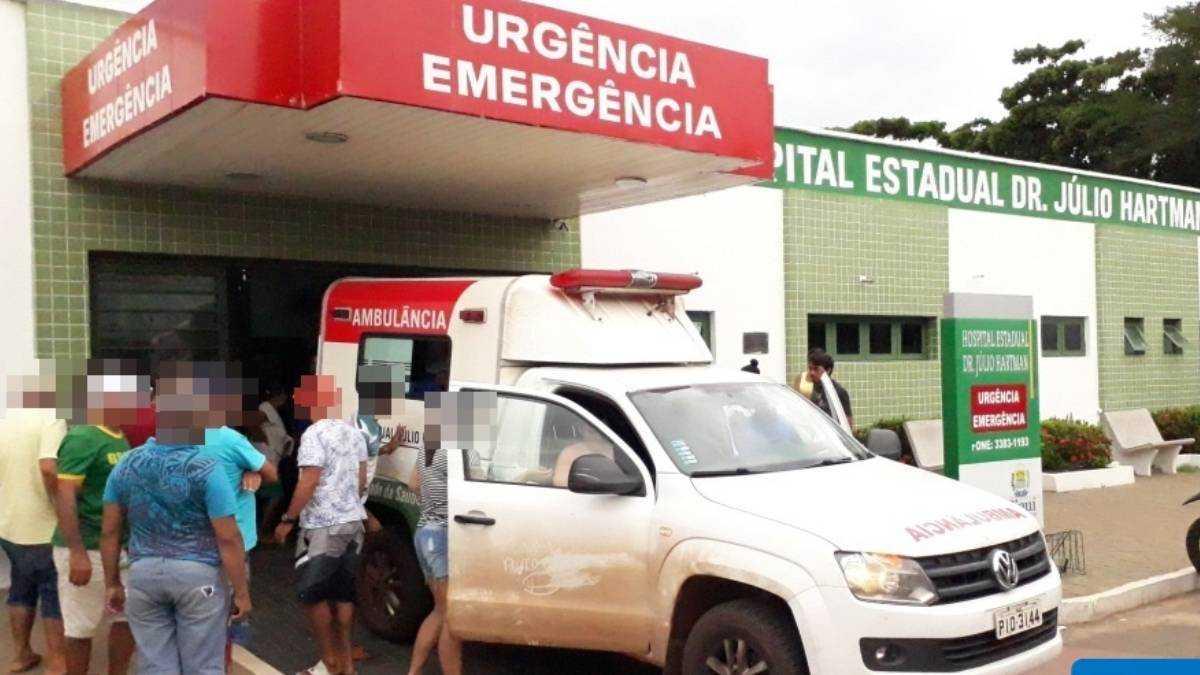O garoto foi socorrido e levado ao setor de urgências do Hospital. Foto: Revista AZ